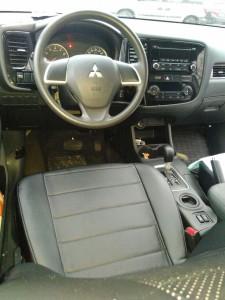 Mitsubishi Outlander  (5)
