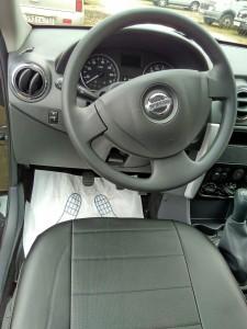 Nissan Almera(111)